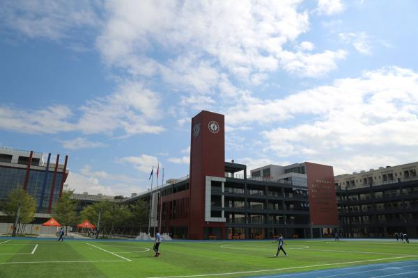 深圳市建文外国语学校